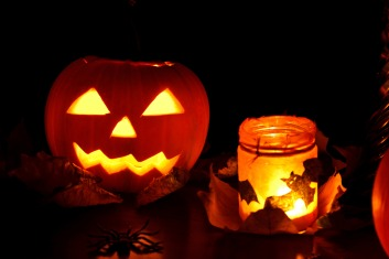 jackolantern_and_lights_199060
